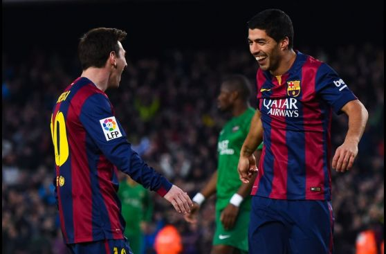 La 'tijera' de Luis Suárez y el festín de Lionel Messi en fotos