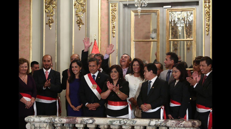 As juraron los nuevos ministros del gabinete jara fotos for Cambios en el ministerio del interior