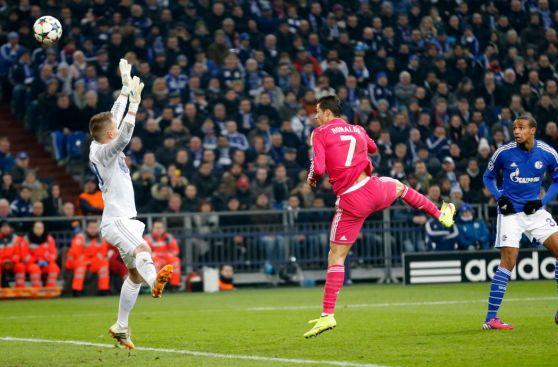 Cristiano Ronaldo: cuadro x cuadro de su gol frente a Schalke