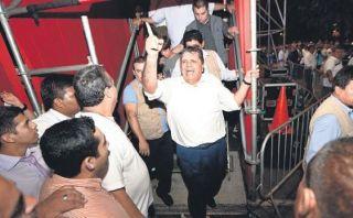 Día de la Fraternidad: Alan García hace promesas electorales