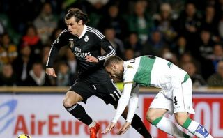 Real Madrid: Gareth Bale recibió descomunal falta ante Elche