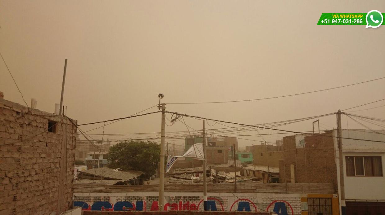Usuario señaló que la población no puede salir de sus viviendas por tormenta de arena (Foto: WhatsApp/Miguel Giudice)