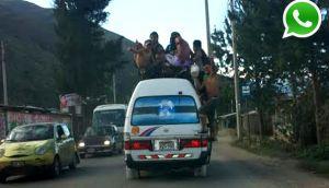 Vía WhatsApp: más de diez personas viajan en techo de una combi