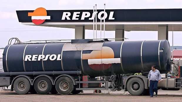 Utilidad neta de Repsol se multiplicó por ocho en 2014
