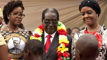 El presidente de Zimbabue festejó por todo lo alto sus 91 años