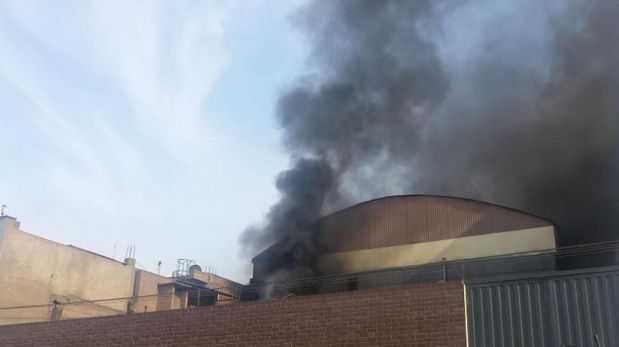 Ate Controlan Incendio En F Brica De Materiales