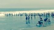 Vía WhatsApp: cadena humana salvó a cuatro bañistas de ahogarse