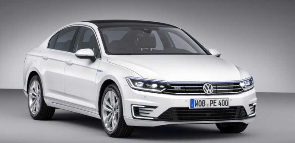 Volkswagen Passat es el Auto del Año 2015
