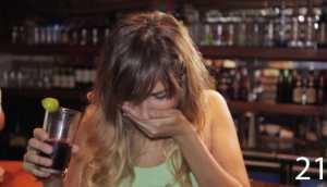 YouTube: esto dicen las mujeres cuando toman demasiado alcohol