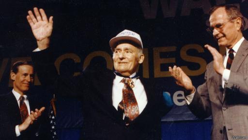 Sam Walton fundó Walmart en 1962 en Arkansas.
