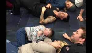 YouTube: Adam Levine cumplió sueño a niño con síndrome de Down