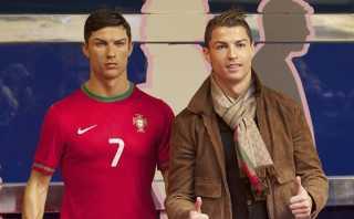Cristiano Ronaldo manda a su peluquero a peinar estatua
