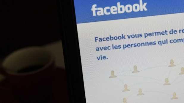 Facebook enfrenta a justicia francesa tras censurar a maestro