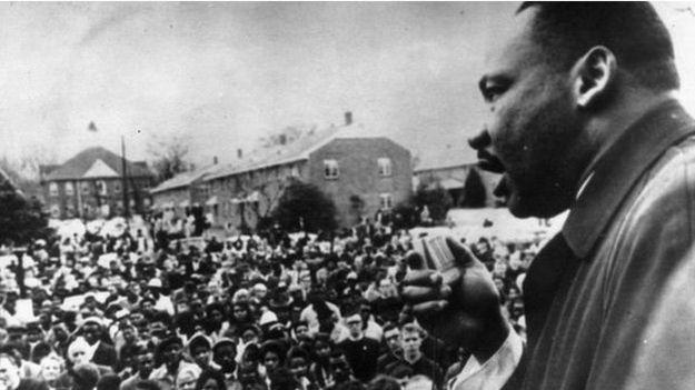 Martin Luther King, quien estaba en Atlanta pero viajó rápidamente a Alabama, dijo que fue