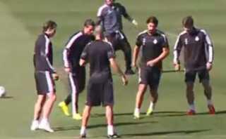 Cristiano Ronaldo ensayó baile en entrenamiento de Real Madrid