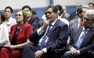 """""""No pueden juzgar a ningún presidente por decretos de urgencia"""""""