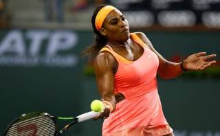 Serena Williams se retiró y Halep pasó a final de Indian Wells