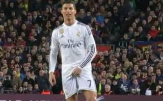 Cristiano Ronaldo y el gesto obsceno que le hizo al árbitro