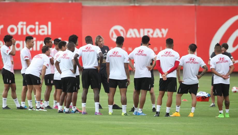Selección: así se vivió primer entrenamiento con Gareca (FOTOS)