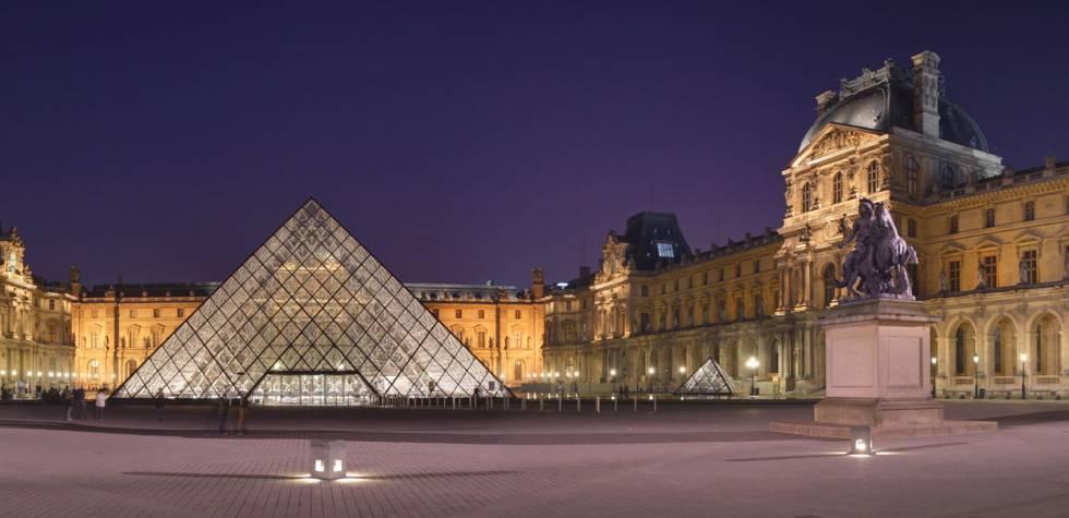 Se cumplen 26 años de la pirámide del museo