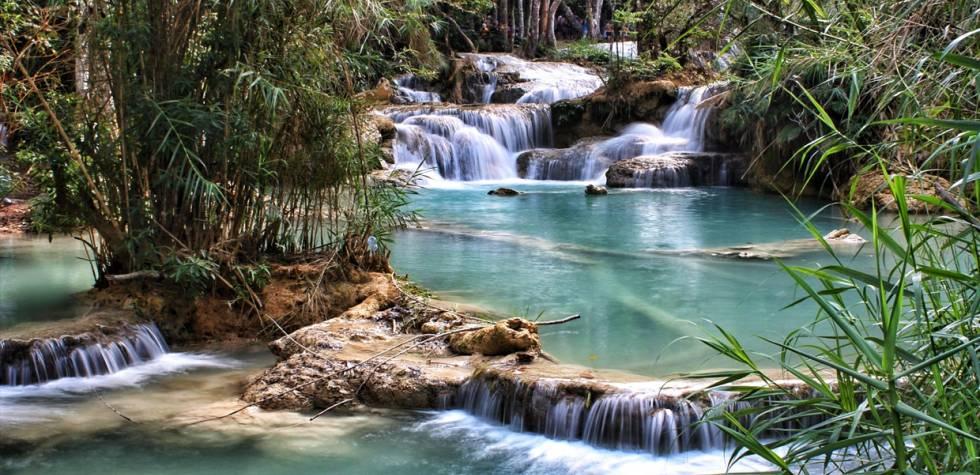 Conoce la belleza de la cascada Kuang Si