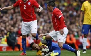 """Neymar protestó por pisotón de Gary Medel: """"Es fútbol, no UFC"""""""