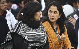 "Nadine Heredia tildó de ""chantaje político"" censura a Ana Jara"