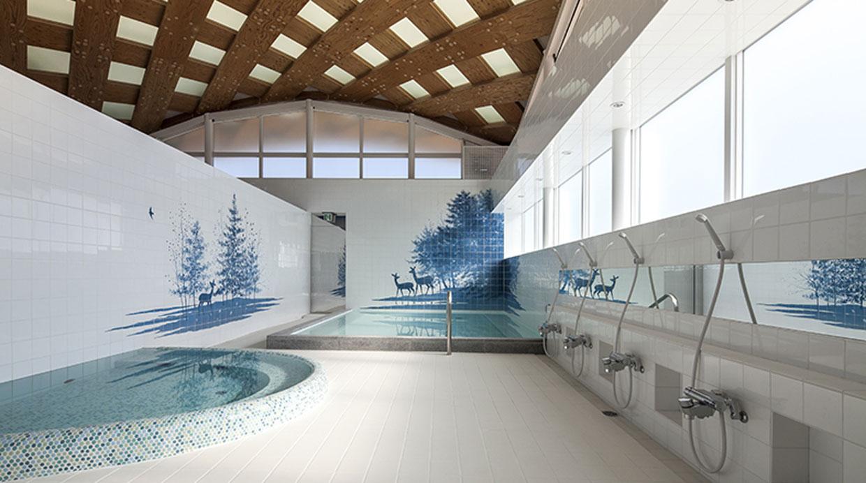 Baños Publicos Originales:El encargado de construir los nuevos baños públicos en la Estación