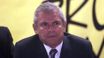 Luis Castañeda es citado nuevamente por Comisión de Transportes