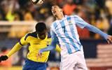 Argentina derrotó 2-1 a Ecuador con goles de Agüero y Pastore