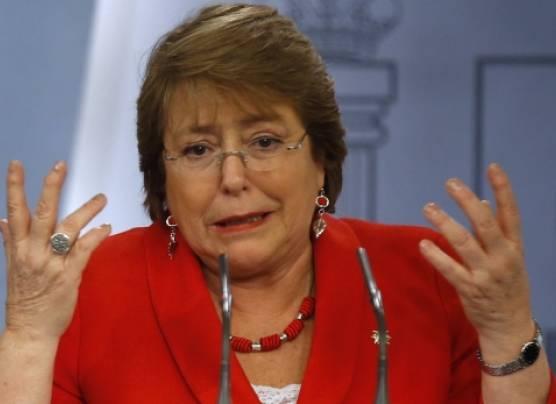 Chile: Aprobación de Bachelet cayó a mínimos históricos