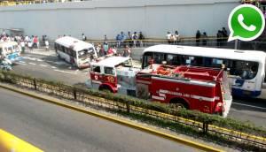 Camión de bomberos chocó Chosicano en Vía Expresa Grau [FOTOS]