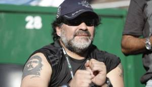 WhatsApp: hombre quedó atrapado en local cerrado por MuniLima