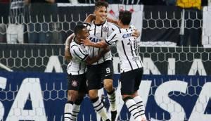 Guerrero anotó 'hat-trick' en goleada de Corinthians