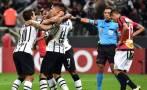 Corinthians goleó 4-0 a Danubio con hat-trick de Paolo Guerrero