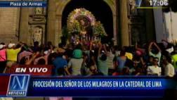 Señor de los Milagros regresa a iglesia de Las Nazarenas