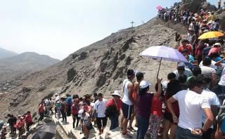 Fieles dejaron 30 toneladas de basura en cerro San Cristóbal