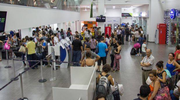 Piura: restablecen vuelos nocturnos tras apagón en aeropuerto