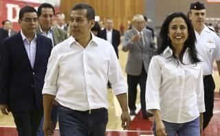 """Humala calificó de """"jauría de cobardes"""" a críticos de Nadine"""