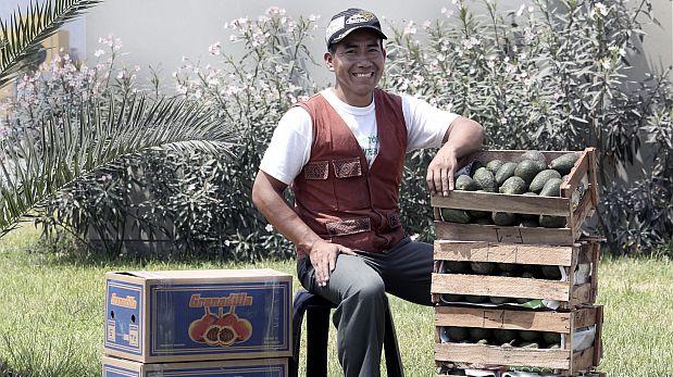 Rubén Podestá, dirigente de la comunidad Yanesha, vive en el valle del río Palcazú. Para él, uno de los principales problemas para los agricultores son las pocas opciones frente al cultivo ilícito de coca. (Foto: Paul Vallejos / El Comercio)