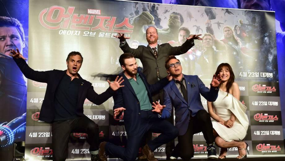 """""""Los Vengadores"""": protagonistas causan revuelo en Corea del Sur"""