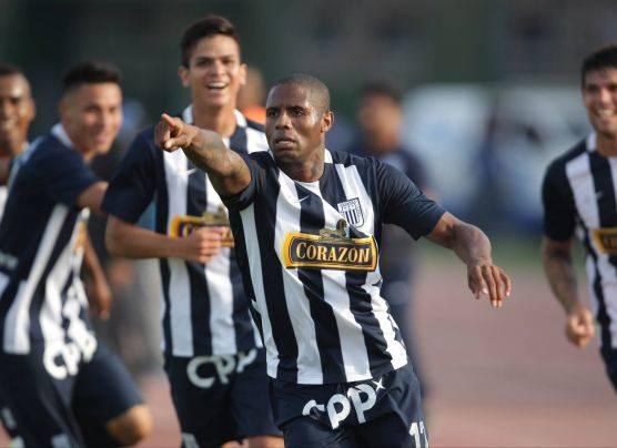 Alianza Lima empató 3-3 ante San Martín y es primer finalista