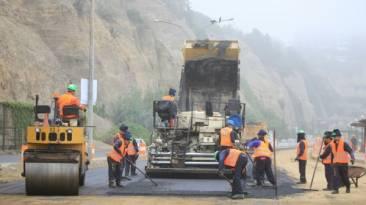 Costa Verde: inician asfaltado de tercer carril en nuevo tramo