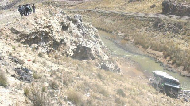 Nasca: ómnibus choca contra cerro y deja al menos nueve muertos