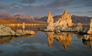 Descubre el lago Mono y su hermoso paisaje lleno de sal