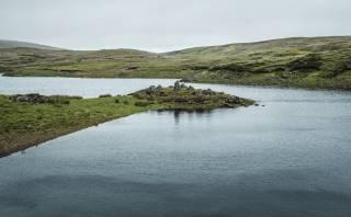 ¿Un lago que desaparece? Conoce este peculiar lugar en Irlanda