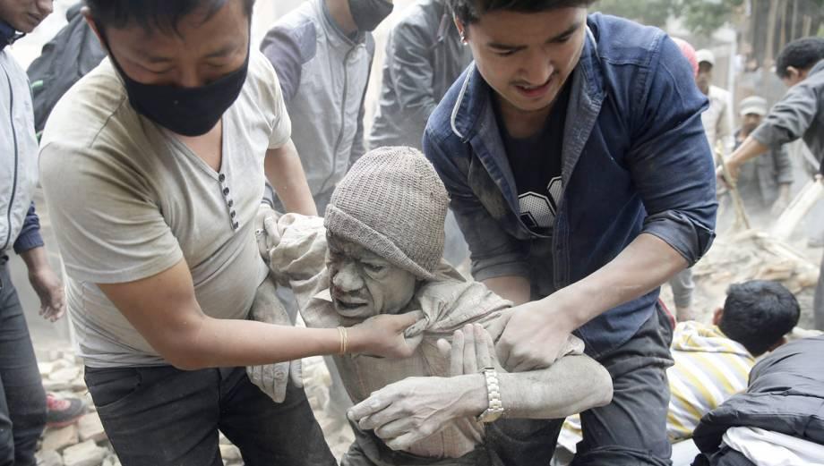 Las fotos más impactantes del terremoto de 7,9 grados en Nepal