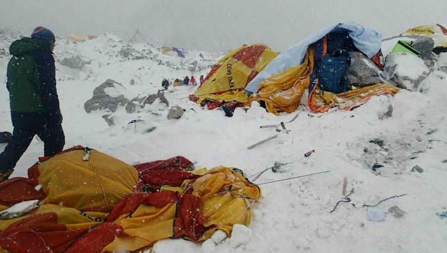 La avalancha en el Everest que dejó el terremoto de Nepal
