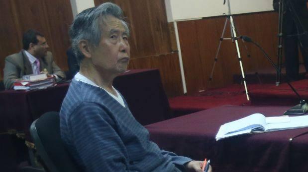 Fujimori permanecería internado en clínica hasta el lunes