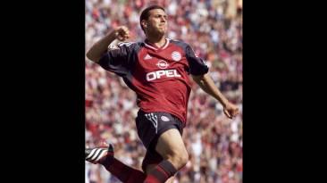 Claudio Pizarro y sus históricos 18 títulos con Bayern Múnich